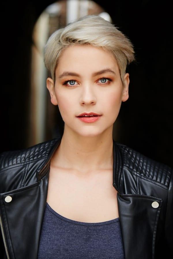 Image of Vivienne Greer